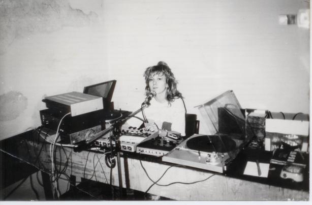 Diana Singer, Uniplus Radio